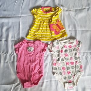 2/$20 3pcs girl 6M Carters tops / 1 piece